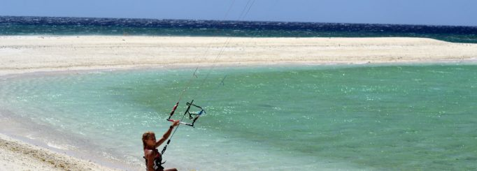 Kitesurfing at Seco Island – A freakin nice paradise island far from everything