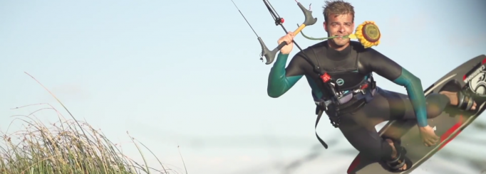 Most epic kite video this far? Nick Jacobsen in Fly me to the moon!