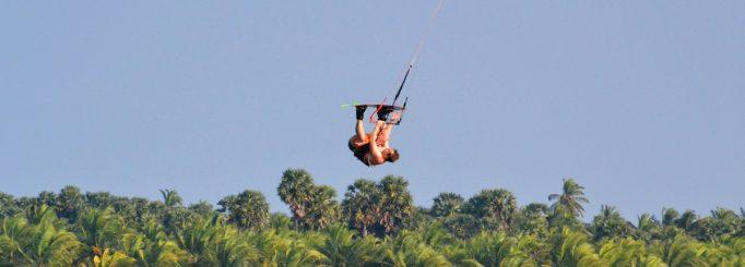 Kitesurfing in Sri Lanka (Kalpitya)